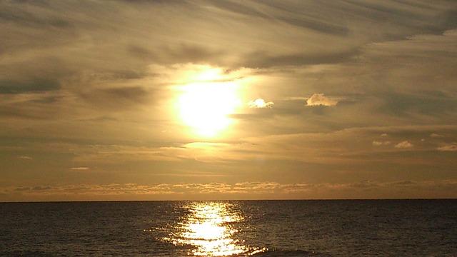 sea-541102_640