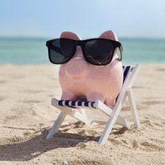 Vakantie betalen door geld te besparen