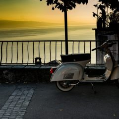De beste vespa-, scooter- & brommertours in Nederland